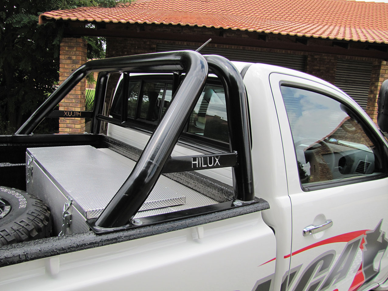 Tv Stander Rollbar ~ Double roll bar std colour black onca off road